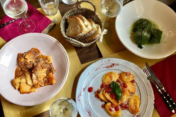 Three plates of pasta in Italy – the first course in this Italian meal and menu guide. ©KettiWilhelm2017