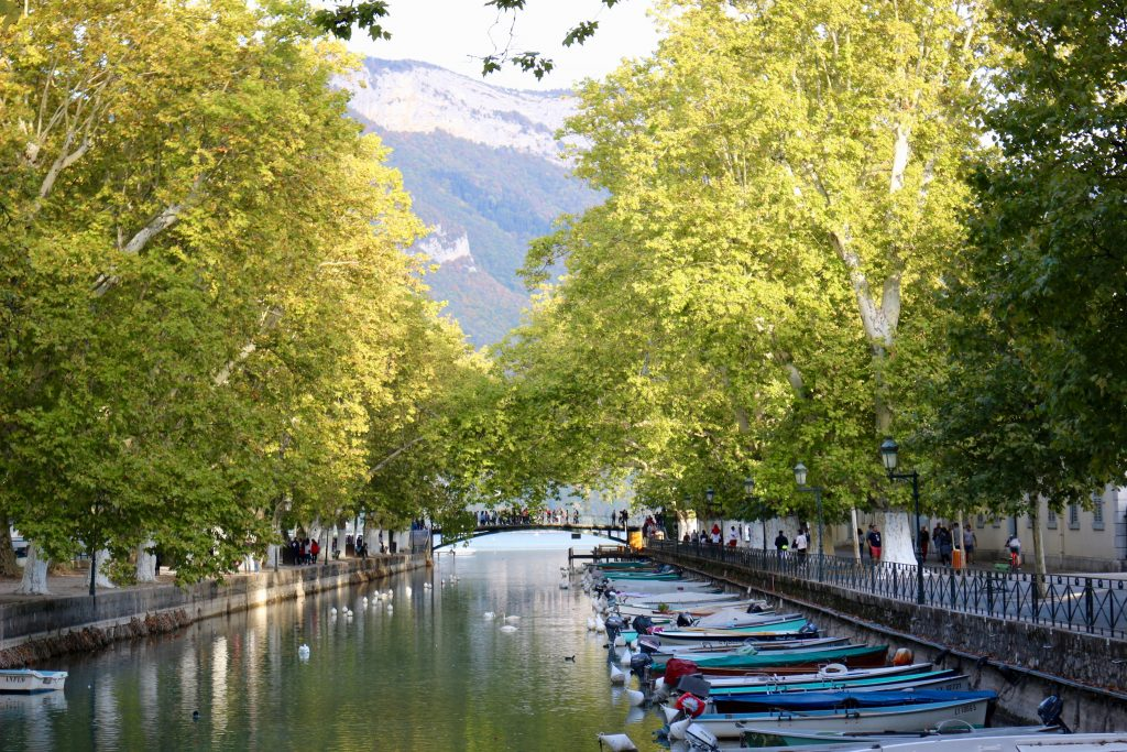 Clean, tree-lined canals in Annecy, France. ©KettiWilhelm2018