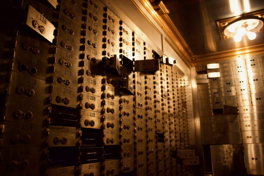 Vintage safety deposit boxes at the Chicago Board of Trade: safe and secure like a VPN? ©KettiWilhelm2019